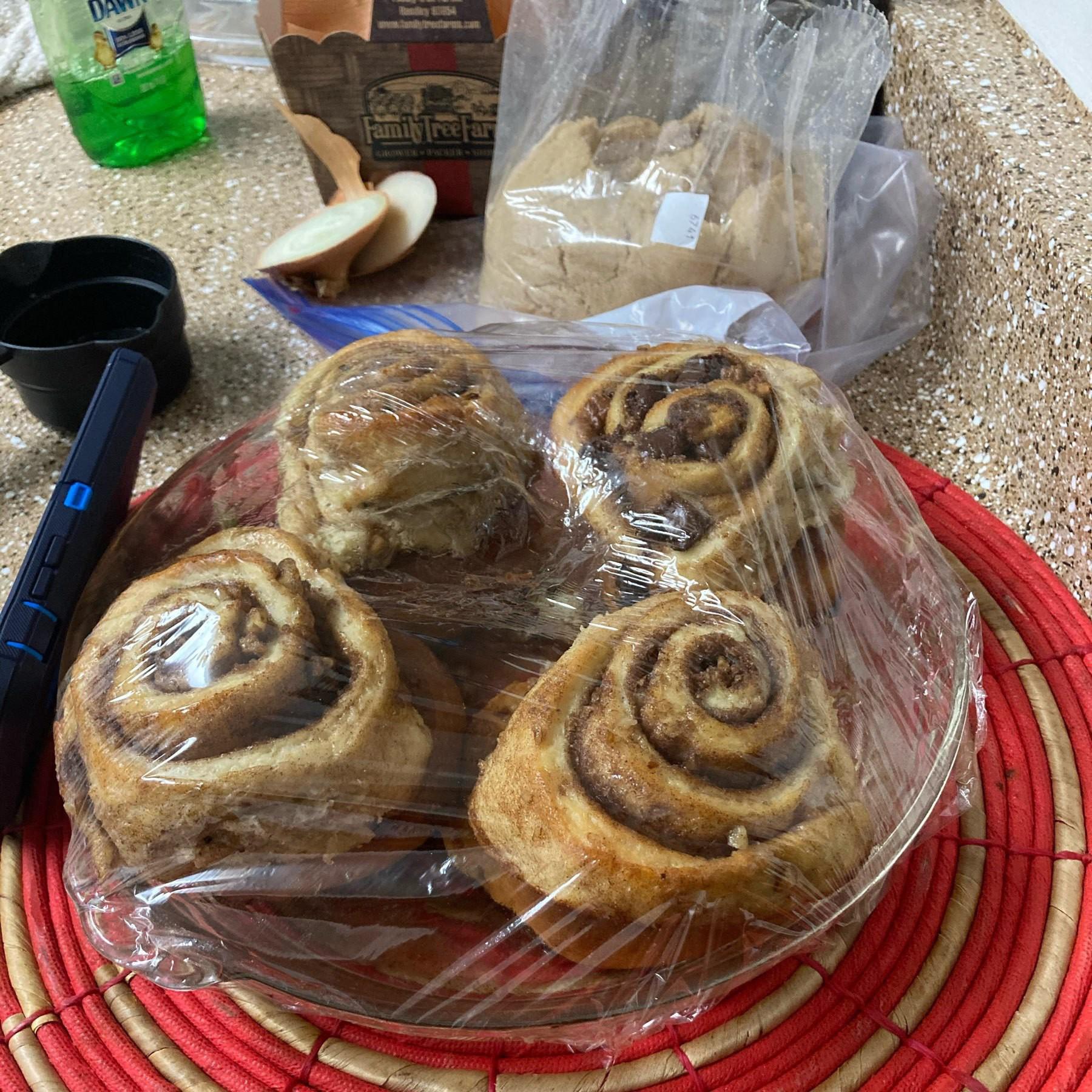 Cinnimon rolls.